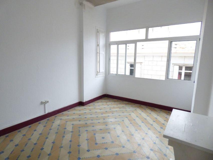 ¿Quieres vivir en un piso de 4 dormitorios por un precio irrepetible?